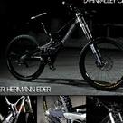 Lahnvalley Crew member Hermann Eder has a new ride custom V10